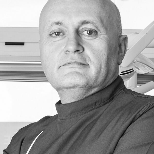 Dr. Nando Barbieri